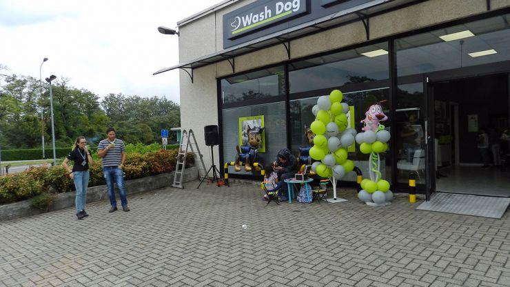 Inaugurazione Wash Dog Mozzate