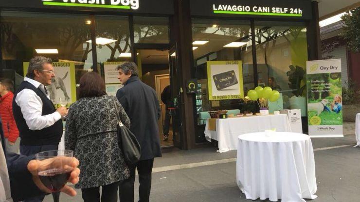 Inaugurazione Wash Dog Riccione